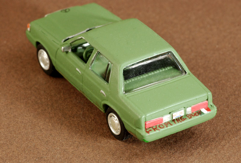 Plymouth Reliant DSC 1047