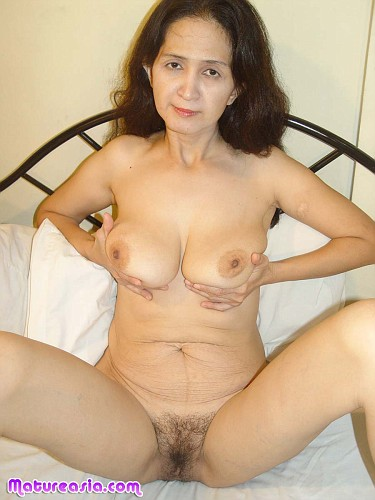 Milf caught red tube